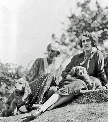 Virginia Woolf with Vita Sackville-West
