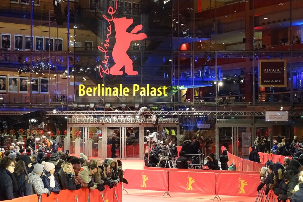 Berlinale_Palast_and_Red_Carpet